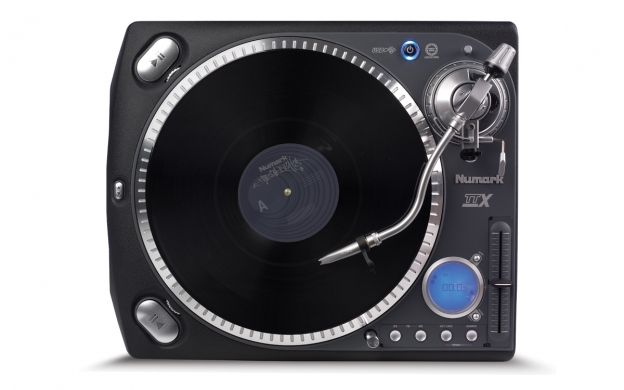 Topdown view of a Numark TTXUSB Turntable that links to the Numark DJ Turntables page